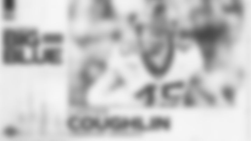 Giants draft Minnesota LB Carter Coughlin in Rd. 7