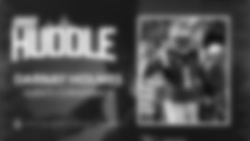 Giants Huddle | Darnay Holmes