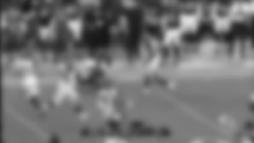 Brandon Wilds accelerates on 25-yard run