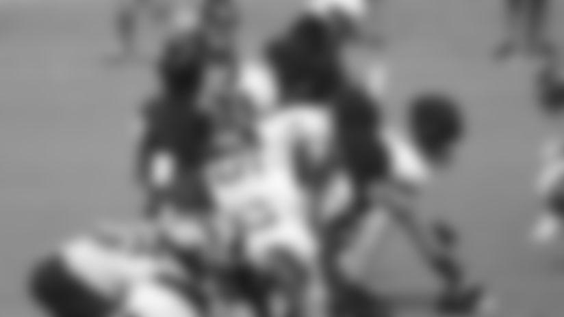Jacksonville Jaguars quarterback Gardner Minshew II (15) calls out a play from center during an NFL football workout, Thursday, Aug. 20, 2020, in Jacksonville, Fla. (Logan Bowles via AP)