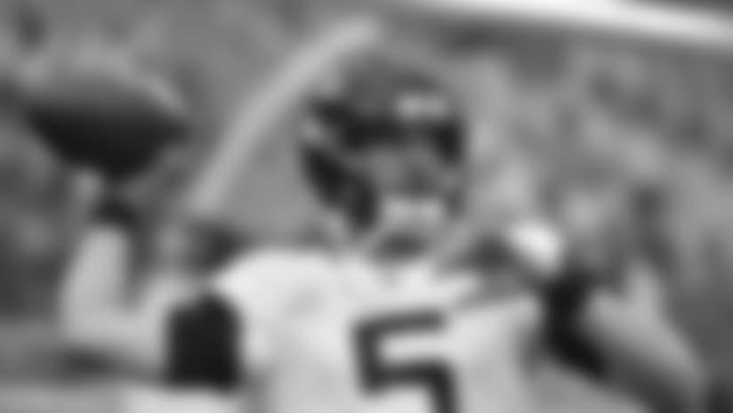 Jacksonville Jaguars quarterback Blake Bortles (5) warms up before an NFL football game against the Kansas City Chiefs in Kansas City, Mo., Sunday, Oct. 7, 2018. (AP Photo/Ed Zurga)