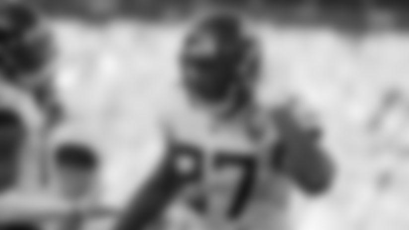 Jacksonville Jaguars running back Leonard Fournette reacts towards the crowd after a gain during the second half of an NFL football game against the Denver Broncos, Sunday, Sept. 29, 2019, in Denver. (AP Photo/Jack Dempsey)