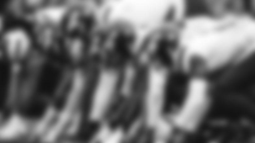 E_JGOL0268-team-thumb