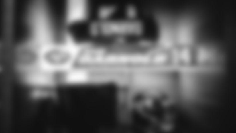 E_SZ2_0044-darnold-thumb
