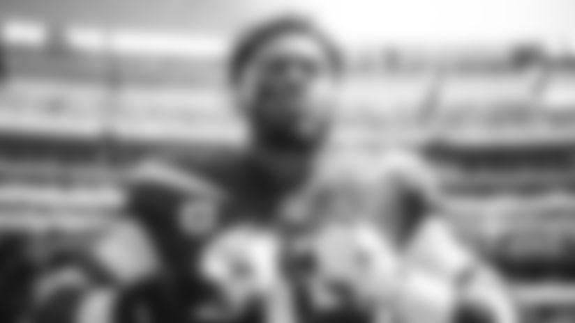 E_SZ3_2207_1-jamal-thumb