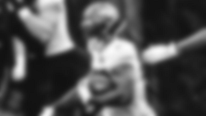 E_SZM30399-perine-thumb