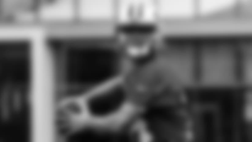 E_MK2_1335-darnold-story-thumb
