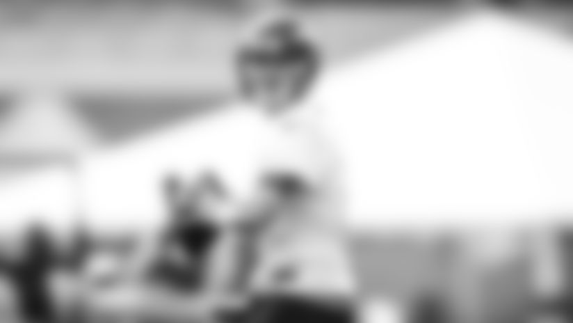 E_SZ3_0657-white-thumb