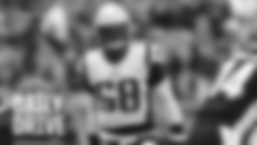 Linebacker Jamie Collins