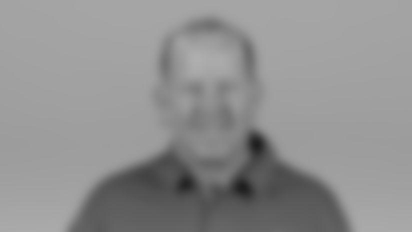 O'Neill_Tim_2020-headshot
