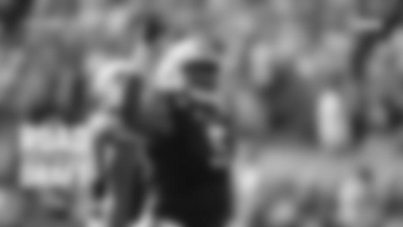 Defensive tackle Derrick Brown