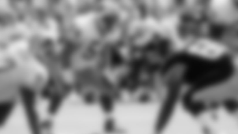 Linebacker Chris Spielman