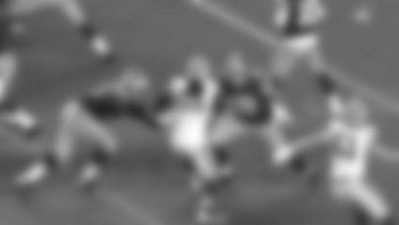 Packers LB Za'Darius Smith powers through double team for sack