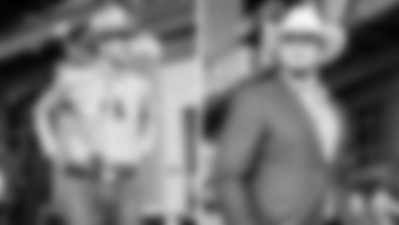 2016 - QB Aaron Rodgers & T David Bakhtiari