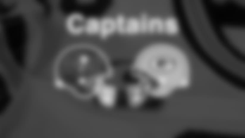 171203-captains-950.jpg