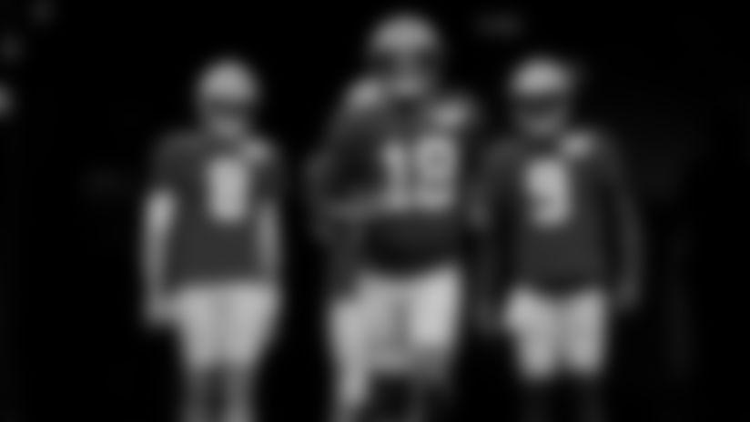 Packers quarterbacks prank Wilkins, let him leave tunnel alone