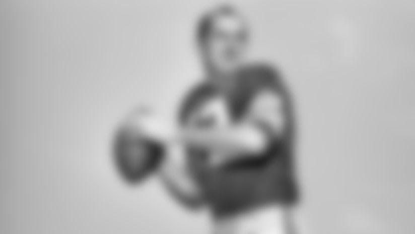191010-zeke-bratkowski-action-2560