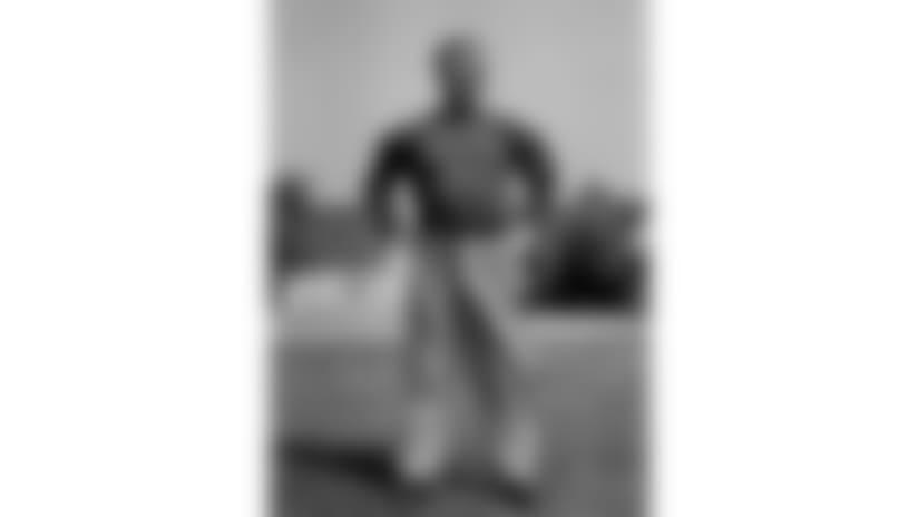 180607-Earl-Curly-Lambeau-hs-2560