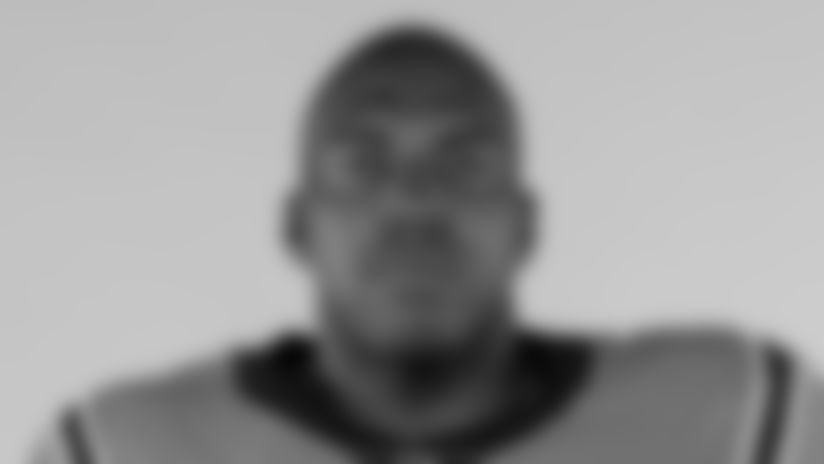 #76 Russell Okung