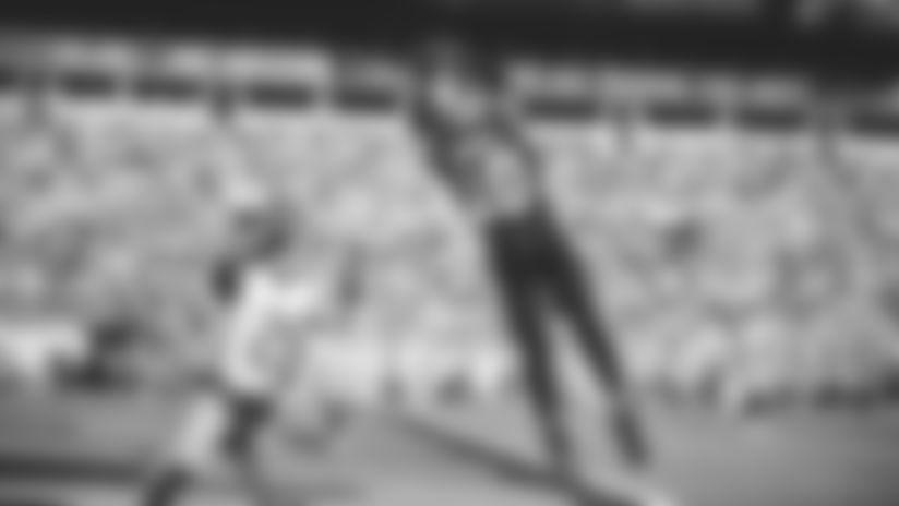 HIGHLIGHT: Kyle Allen floats perfect jump ball to Curtis Samuel for TD