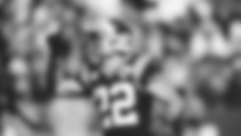 HIGHLIGHT: Christian McCaffrey sprints through Niners' D for 40-yard TD