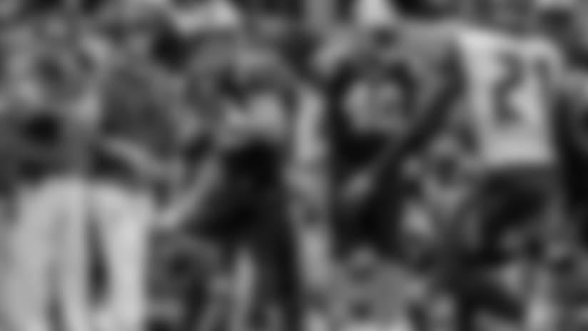 McCaffrey tip-toes to a 35-yard gain