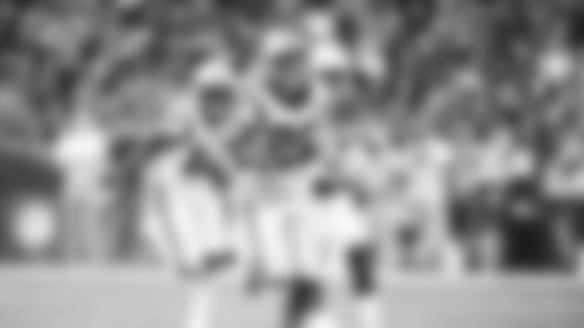 HIGHLIGHT: Christian McCaffrey sets franchise record with TD run
