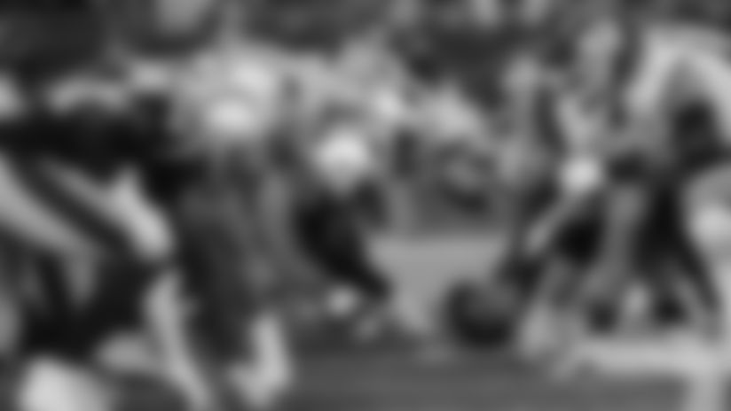 2500x1406-patriots-chiefs-line-of-scrimmage