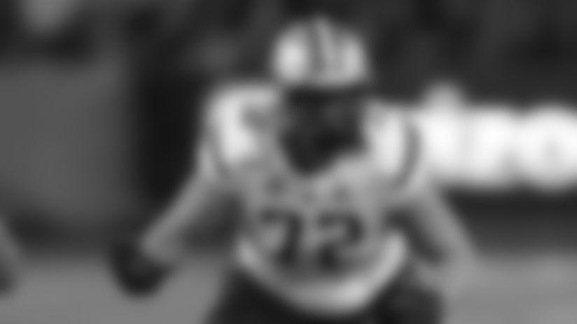 Washington offensive lineman Trey Adams (72) in the first half during an NCAA college football game against Arizona, Saturday, Oct. 12, 2019, in Tucson, Ariz. (AP Photo/Rick Scuteri)