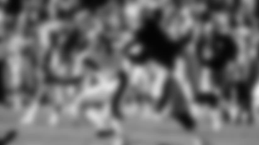 DE Greg Townsend (93) sacked Bengals QB Boomer Esiason three times on the day.