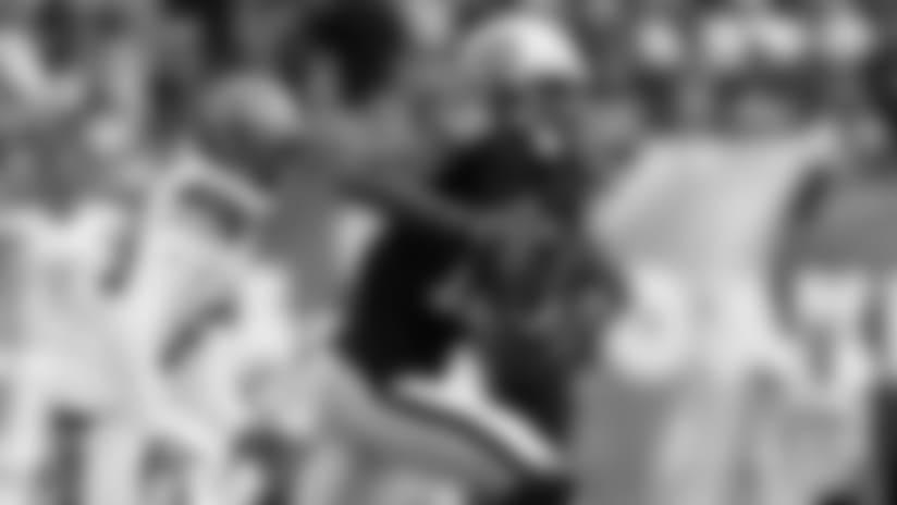 WR Martavis Bryant accelerates for 26-yard gain