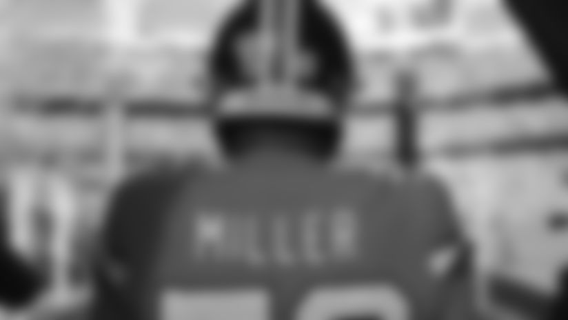 Raiders Pulse: Derek Carr on Von Miller