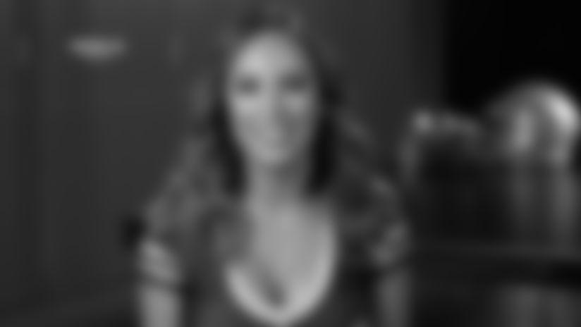 Raiderette Bio: Noella