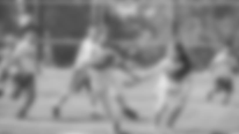 youthfootball3_042418.jpg