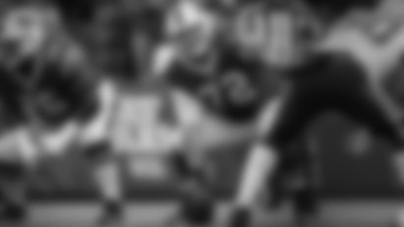 Rams Sign RFA C Ryan Groy to Offer Sheet