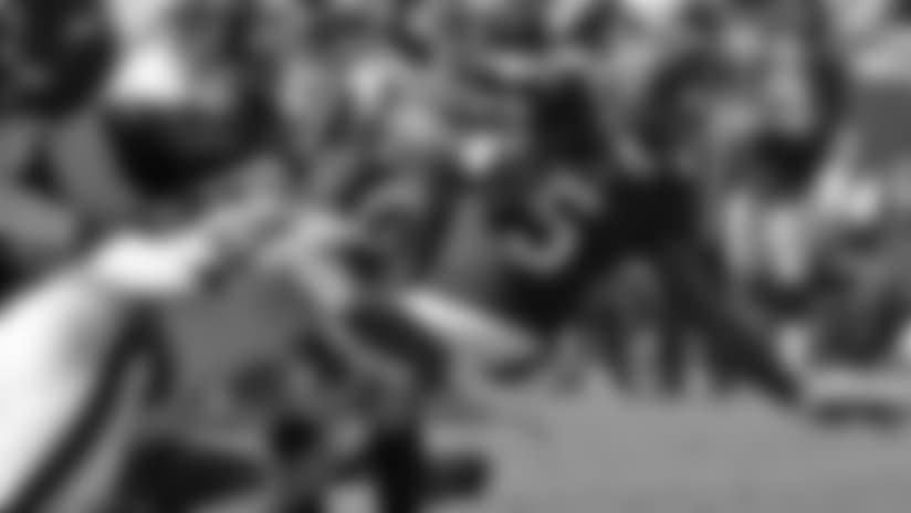 Rams Defense Swallows Joe Webb on Failed Two-Point Conversion