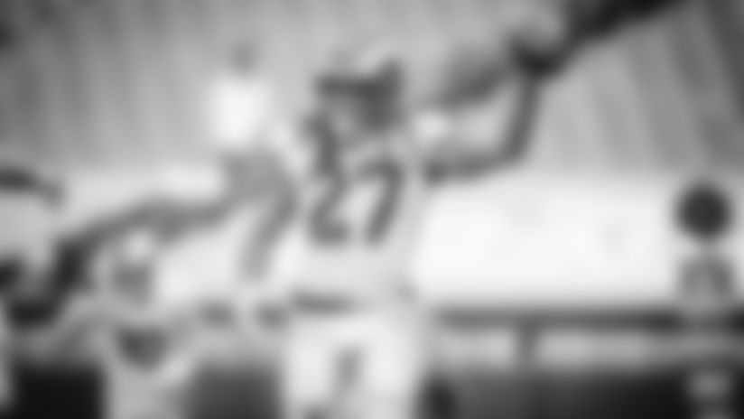 020421-league-highlight-rushing-TD