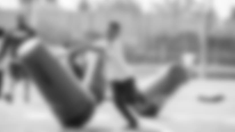youthfootball2_042418.jpg