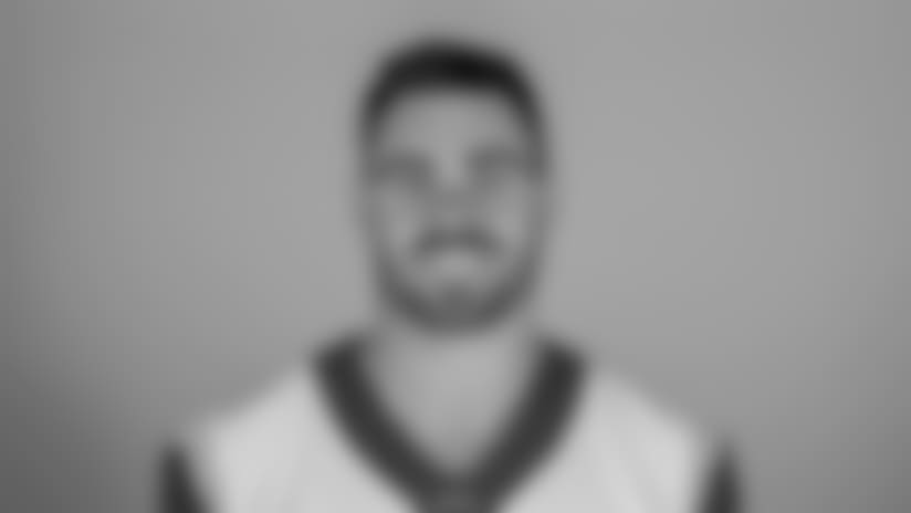Headshot of tight end (89) Tyler Higbee of the Los Angeles Rams, Thursday, June 11, 2018, in Thousand Oaks, CA.