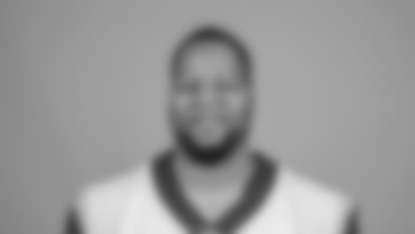 Headshot of defensive lineman Ndamukong Suh of the Los Angeles Rams, Wednesday, March 14, 2018, in Thousand Oaks, CA. (Jeff Lewis/Rams)