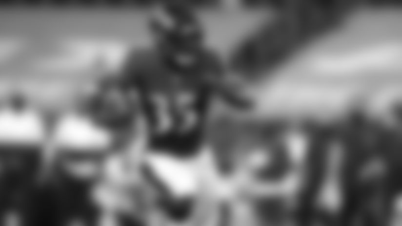 Highlight: Gus Edwards Bursts Through for 22-Yard Run