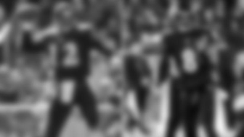 121219-Lamar-Jackson-Passes-Vinny-Testaverde