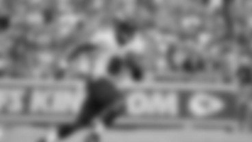 Baltimore Ravens quarterback Lamar Jackson (8) carries the ball during the first half of an NFL football game against the Kansas City Chiefs in Kansas City, Mo., Sunday, Sept. 22, 2019. (AP Photo/Ed Zurga)