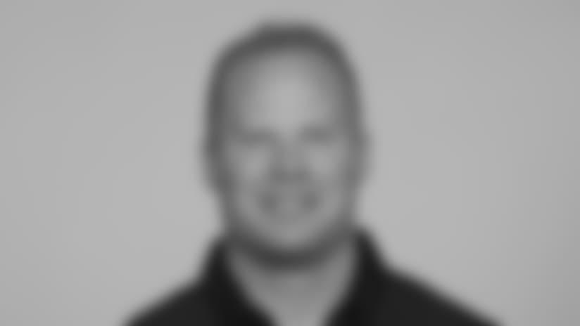 Headshots_Coach_0007_Saunders_Steve