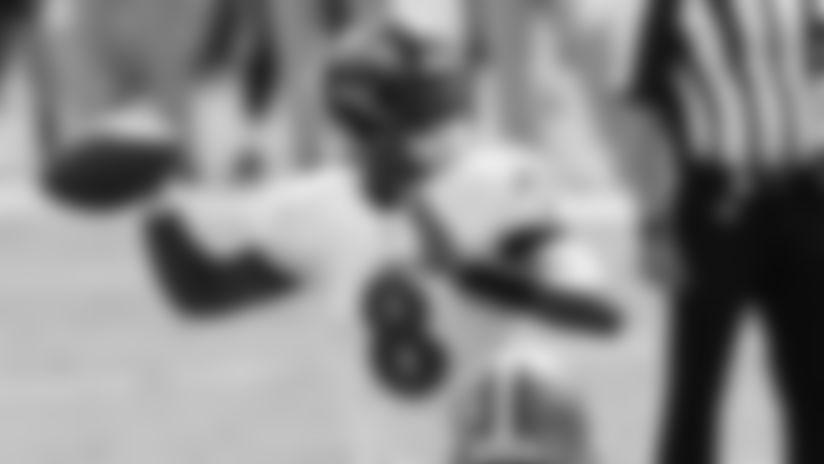 Highlight: Lamar Jackson's Wild Pitch to Mark Ingram