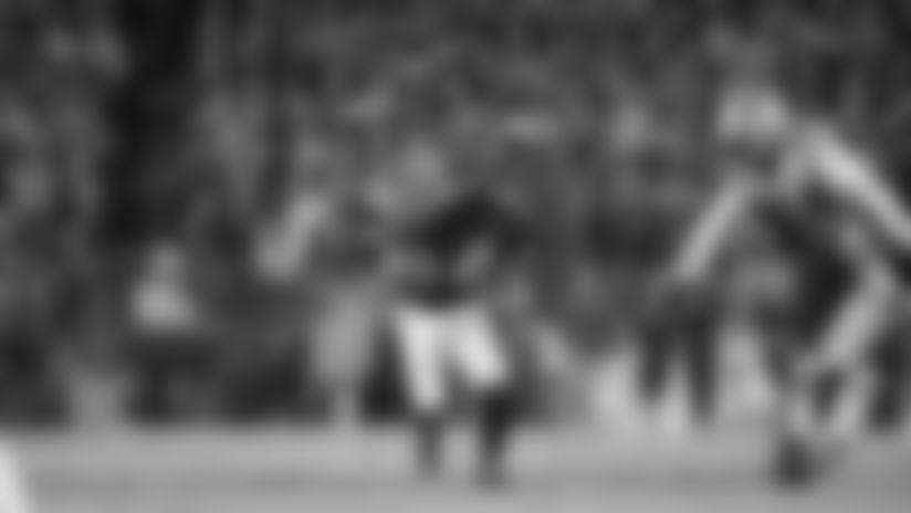 Highlight: Lamar Slices Through Pats D for 18-Yard Run