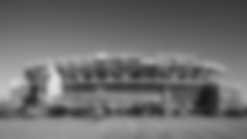 fedexfield-parking-001-2560x1440