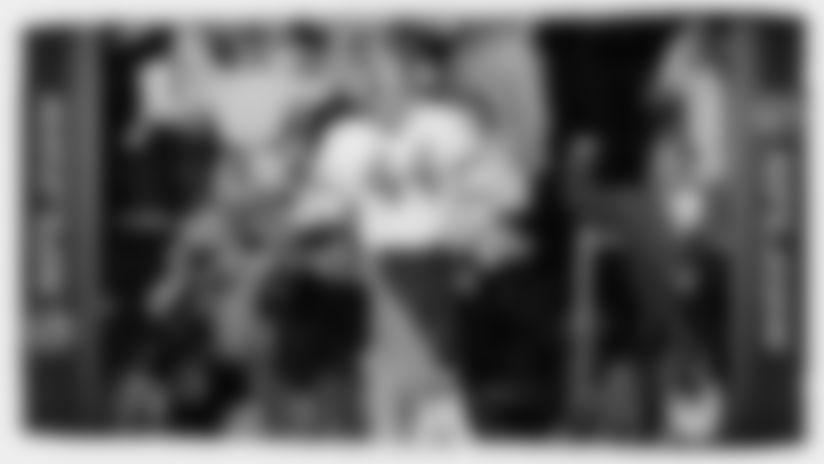 Super Bowl XVII: John Riggins 43-Yard TD Run
