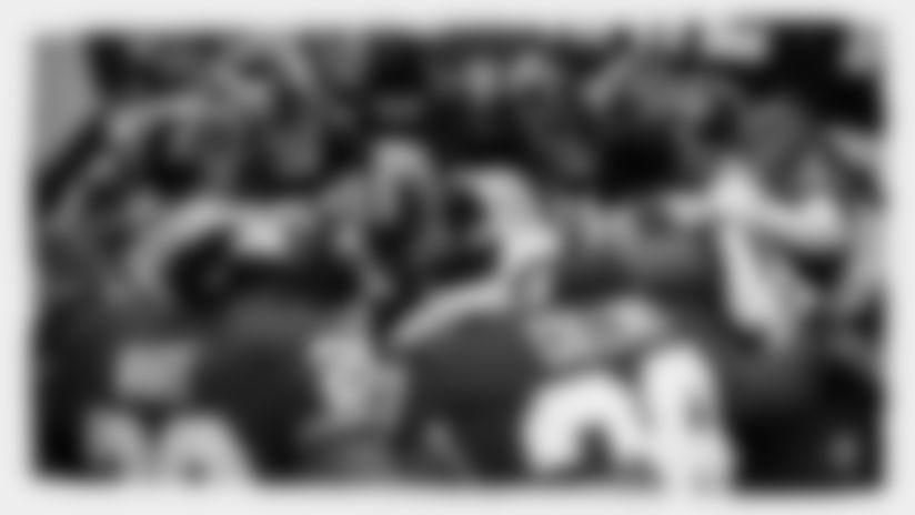 Redskins_Sec_Huddle
