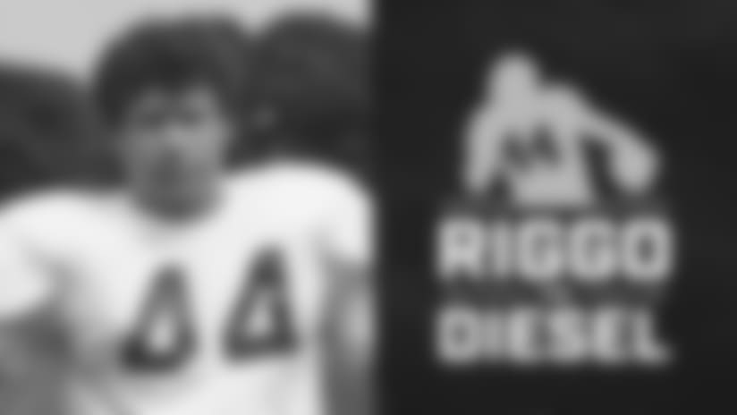 It's the fourth episode of Riggo The Diesel! John Riggins is joined by Voice of the Redskins Larry Michael and Redskins.com's Perry Mattern to talk about the week 2 loss vs the Indianapolis Colts, Clay Matthew's roughing the passer penalty, and another edition of Story Time with Riggo discussing Vontae Davis' shocking half-time retirement from the NFL.